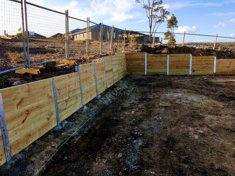 Retaining Wall for Hunter Designer Homes Cient