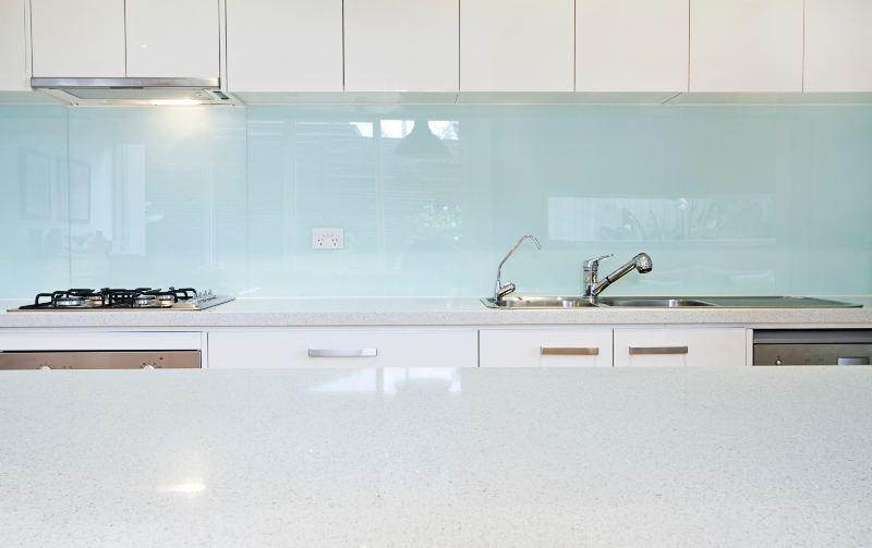 Glass Splash Back in Kitchen